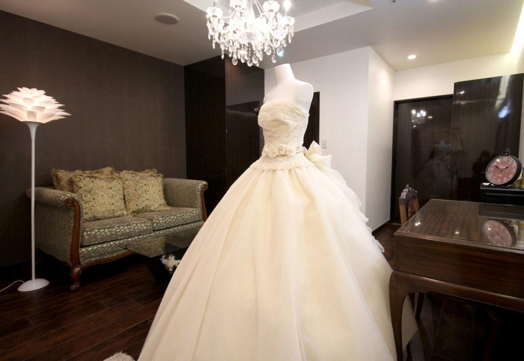 ウェディングドレス|愛媛県松山市の結婚式場ベルフォーレ松山