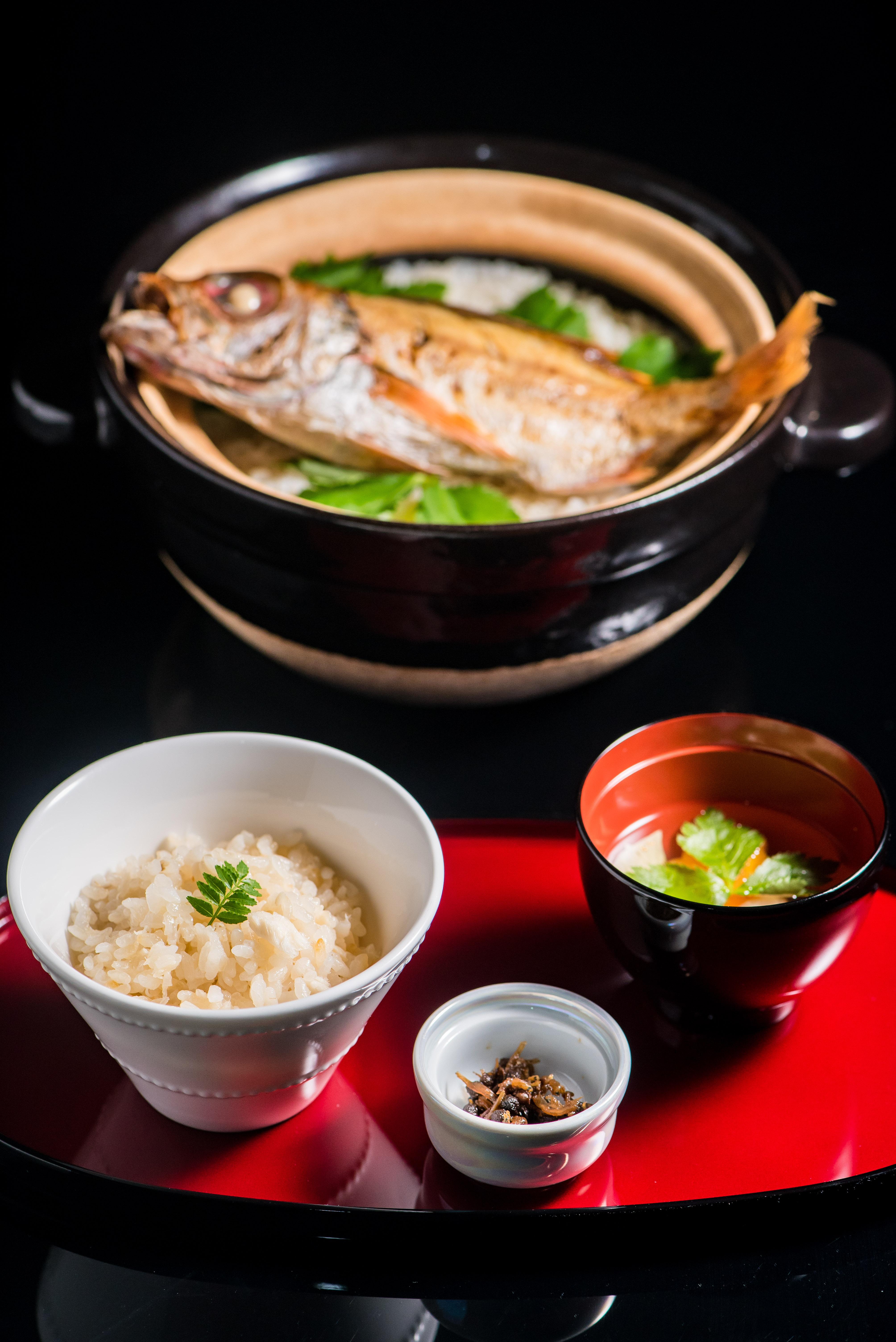 高級魚「のどぐろ」の土鍋飯 | 愛媛県松山市の結婚式場ベルフォーレ松山