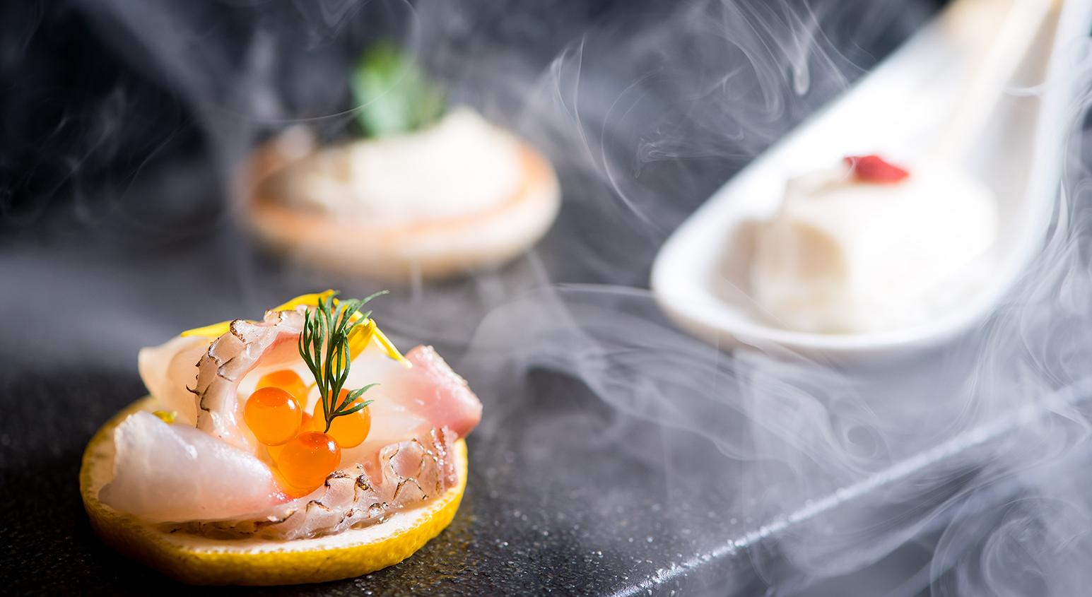 3種のアミューズ 桜燻煙風味 | 愛媛県松山市の結婚式場ベルフォーレ松山